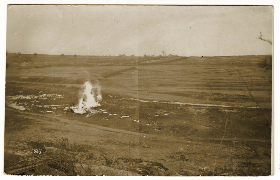 Explosion d'un obus dans la vallée Moreau