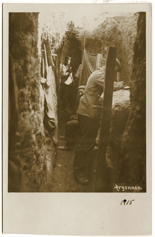 1915 - Tranchée allemande